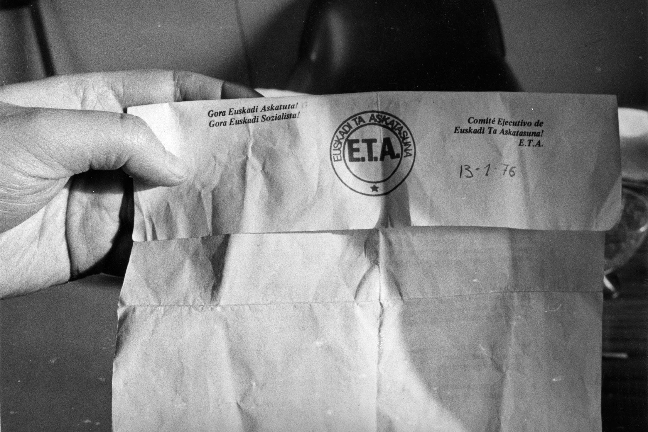 Carta de ETA pidiendo 100 millones de pesetas por el rescate de José Luis Arrasate, enero 1976